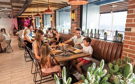 Oasis of the Seas Portside BBQ Family Dinner