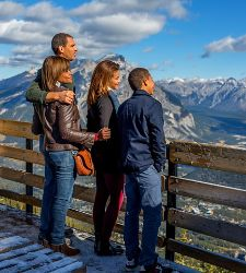 Canada Banff Sulphur Mountain Look Out Cruise Tours