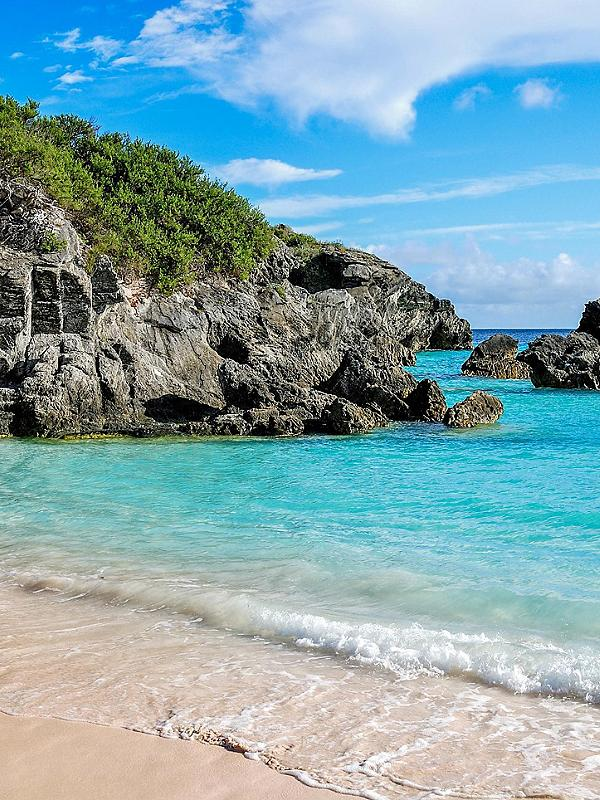Turquoise Water Beach in Bermuda