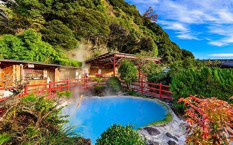 Steaming Hot Springs in Kamado Jigoku