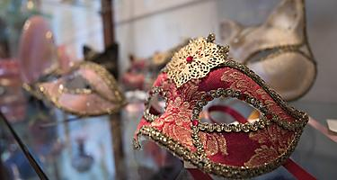 Italy Ravenna Venice Local Masks Shopping